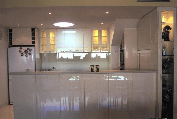 Bright Apartments 004 OPT